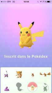 Inscription de Pikachu dans le Pokédex
